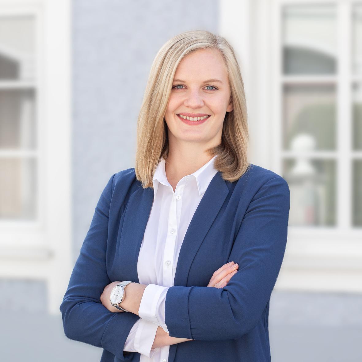 Mag. Vanessa Dörfel - Notariatskandidatin im Notariat Grünburg